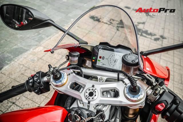 Chi tiết Ducati Panigale V4S được lên đời ống xả gần 200 triệu tại Sài Gòn - Ảnh 13.