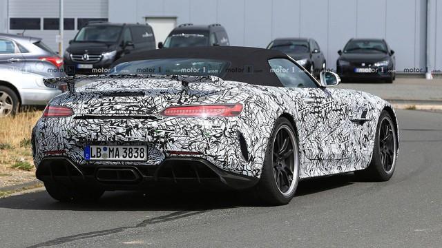 Mercedes-AMG GT R Roadster: Siêu xe mui trần mới cạnh tranh Porsche 911 - Ảnh 3.