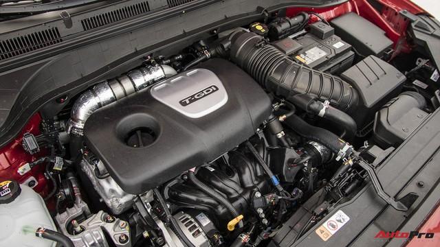 Bị chê đắt, Hyundai Kona bản cao nhất có gì để định giá 725 triệu đồng? - Ảnh 15.