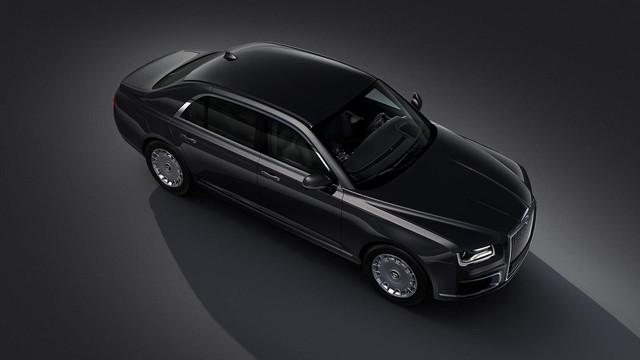 Hãng sản xuất ô tô cho Putin tung xe mới siêu sang như Rolls-Royce - Ảnh 2.