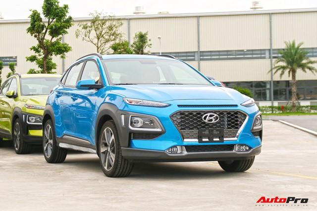 Ford EcoSport bán chạy kỷ lục cuối năm nhưng Hyundai Kona mới là vua doanh số phân khúc - Ảnh 1.