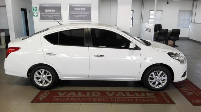 Rộ tin Nissan Sunny bản nâng cấp sắp ra mắt để cạnh tranh Toyota Vios - Ảnh 1.
