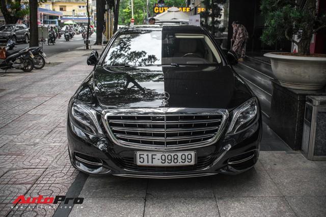 Đại gia Sài Gòn sắm Mercedes-Maybach S600 biển 998.99 đối cặp với Ferrari 889.88 của Tuấn Hưng - Ảnh 5.