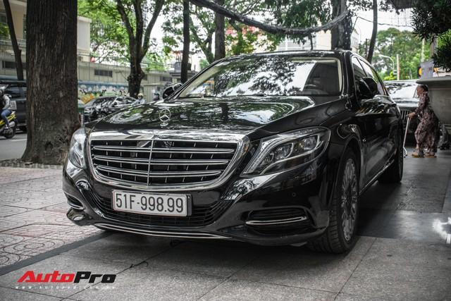 Đại gia Sài Gòn sắm Mercedes-Maybach S600 biển 998.99 đối cặp với Ferrari 889.88 của Tuấn Hưng - Ảnh 6.