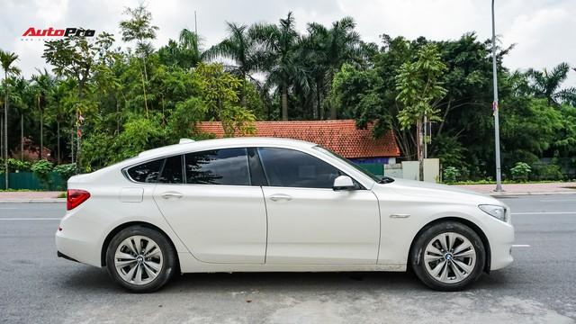 BMW 5-Series Gran Turismo 7 năm tuổi có giá rẻ hơn BMW 3-Series Gran Turismo mua mới - Ảnh 3.