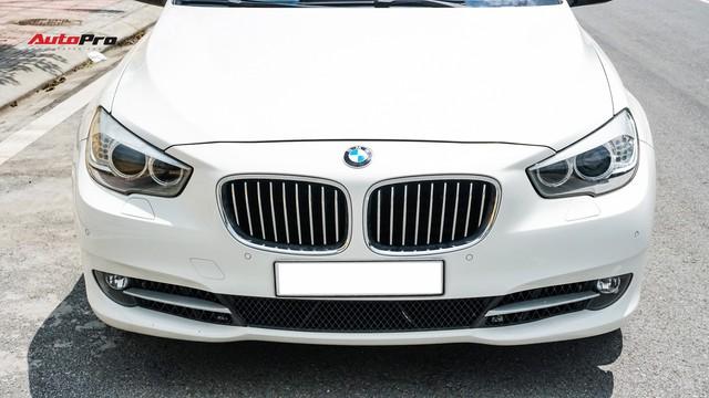 BMW 5-Series Gran Turismo 7 năm tuổi có giá rẻ hơn BMW 3-Series Gran Turismo mua mới - Ảnh 1.