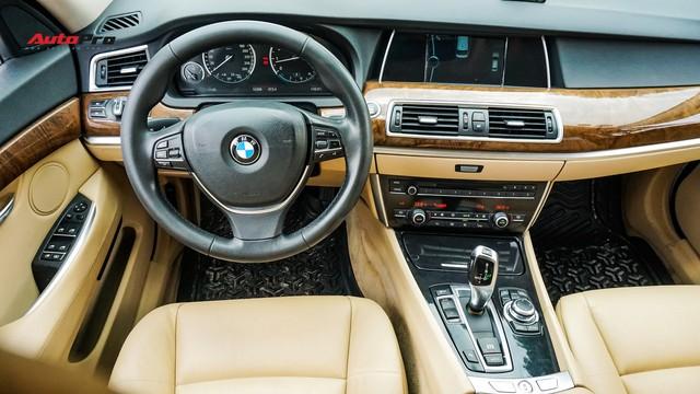 BMW 5-Series Gran Turismo 7 năm tuổi có giá rẻ hơn BMW 3-Series Gran Turismo mua mới - Ảnh 8.