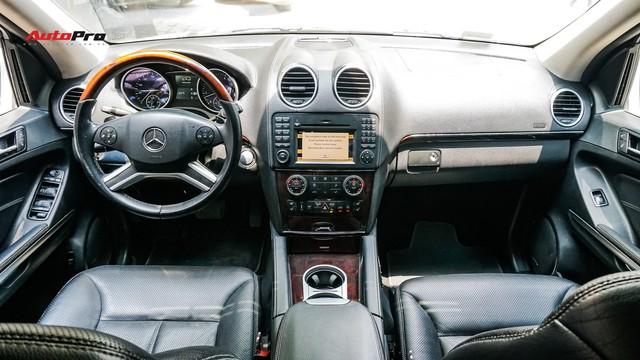 Khủng long Mercedes-Benz GL550 9 năm tuổi có giá rẻ hơn cả GLC 200 - Ảnh 7.