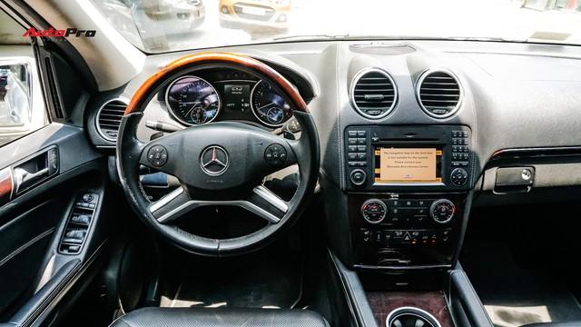 Khủng long Mercedes-Benz GL550 9 năm tuổi có giá rẻ hơn cả GLC 200 - Ảnh 11.