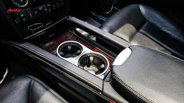 Khủng long Mercedes-Benz GL550 9 năm tuổi có giá rẻ hơn cả GLC 200 - Ảnh 13.