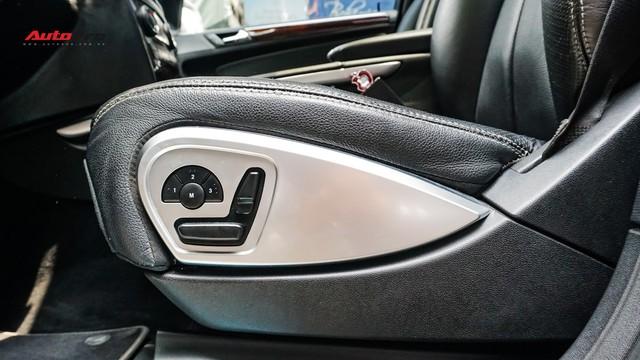 Khủng long Mercedes-Benz GL550 9 năm tuổi có giá rẻ hơn cả GLC 200 - Ảnh 9.