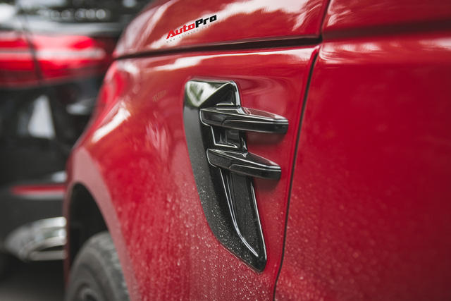 Dân chơi Lào sang Việt Nam bằng Range Rover Sport 2018 khiến đại gia Việt phát thèm - Ảnh 7.