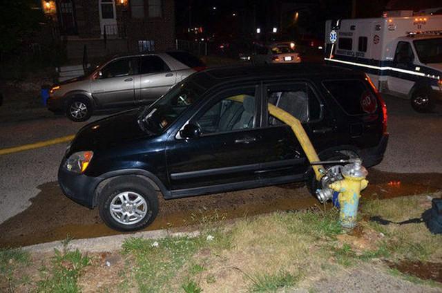 Những cái kết đắng ngắt của chủ xe vì lỡ đậu xế hộp cạnh các điểm cấp nước chữa cháy - Ảnh 12.