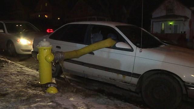 Những cái kết đắng ngắt của chủ xe vì lỡ đậu xế hộp cạnh các điểm cấp nước chữa cháy - Ảnh 8.