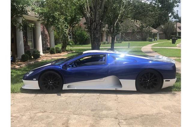 Sao phải mua Bugatti Divo đắt đỏ khi có thể tậu siêu xe từng phá kỷ lục thế giới với giá chỉ bằng một phần 25? - Ảnh 1.