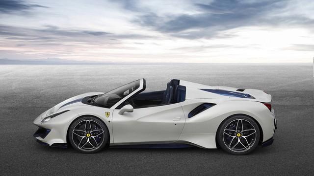 Ferrari bất ngờ trình làng 488 Pista Spider mới toanh tại Pebble Beach - Ảnh 1.