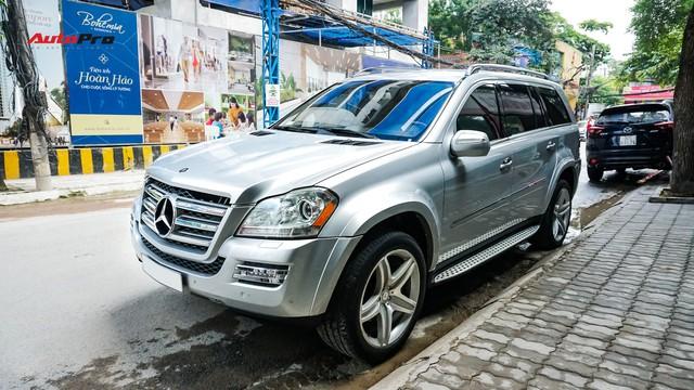 Khủng long Mercedes-Benz GL550 9 năm tuổi có giá rẻ hơn cả GLC 200 - Ảnh 1.