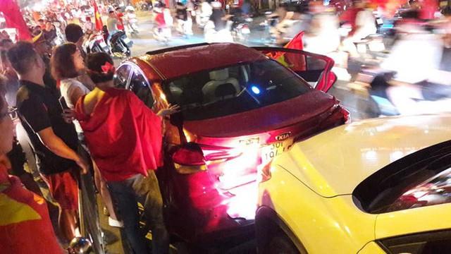 Màn dự đoán tỉ số trận U23 Việt Nam - U23 Syria của chiếc xe khách khiến dân mạng thích thú - Ảnh 2.