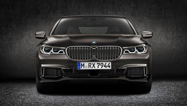 BMW 7-Series quay trở lại Việt Nam, cạnh tranh Mercedes-Benz S-Class - Ảnh 1.