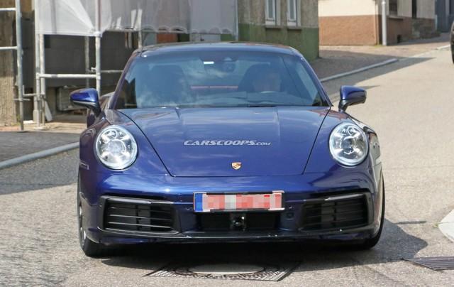Porsche 911 mới chưa ra mắt nhưng đã lộ diện hoàn toàn trên phố - Ảnh 2.