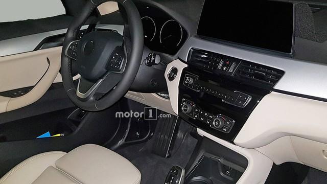 SUV nhỏ nhất BMW X1 2020 rò rỉ ảnh nội, ngoại thất  - Ảnh 4.