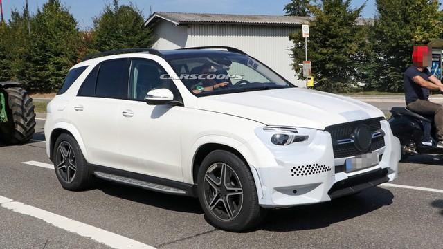 Ảnh hoàn thiện của Mercedes-Benz GLE 2019 ngay trước ngày ra mắt chính thức