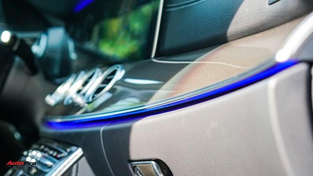 Chấp nhận lỗ 190 triệu đồng, chủ xe Mercedes-Benz E300 AMG bán lại dù chưa chạy tới 10.000 km - Ảnh 12.