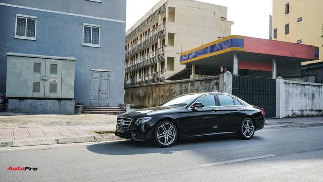 Chấp nhận lỗ 190 triệu đồng, chủ xe Mercedes-Benz E300 AMG bán lại dù chưa chạy tới 10.000 km - Ảnh 3.