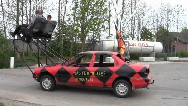 Phát minh thú vị giúp người dùng vừa lái xe vừa tận hưởng thiên nhiên như Mr. Bean - Ảnh 3.