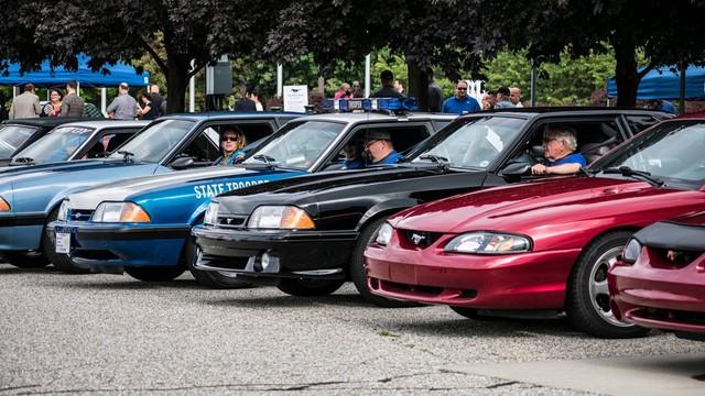 Chiếc Ford Mustang thứ 10 triệu được mòn mỏi trông chờ đã xuất hiện - Ảnh 4.
