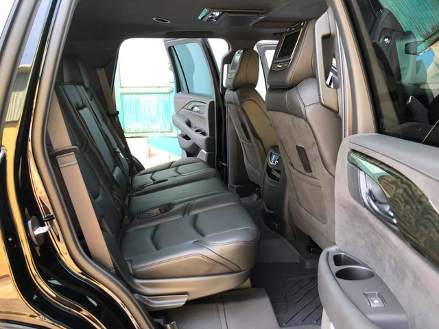Cadillac Escalade phiên bản mới về Việt Nam có nâng cấp đáng giá từ bên trong - Ảnh 13.