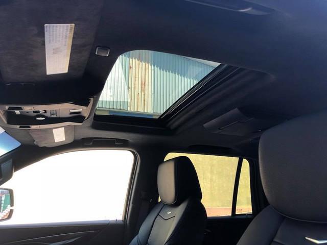Cadillac Escalade phiên bản mới về Việt Nam có nâng cấp đáng giá từ bên trong - Ảnh 12.