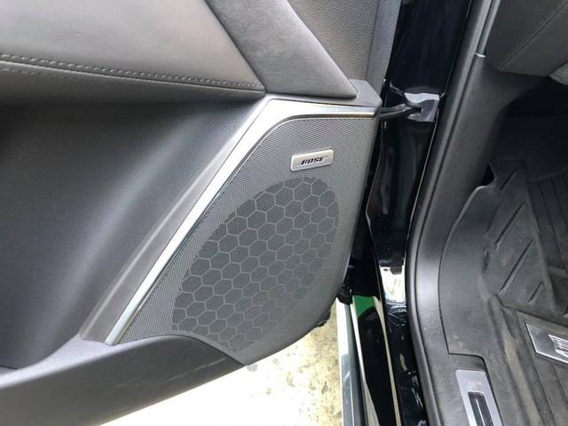 Cadillac Escalade phiên bản mới về Việt Nam có nâng cấp đáng giá từ bên trong - Ảnh 10.