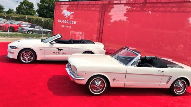 Chiếc Ford Mustang thứ 10 triệu được mòn mỏi trông chờ đã xuất hiện - Ảnh 2.