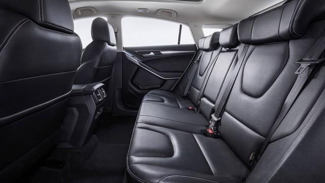 Ford Territory dùng chung khung gầm với xe nhái Range Rover của Trung Quốc - Ảnh 2.