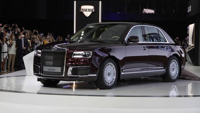 Cận cảnh Rolls-Royce của nước Nga Aurus Senat qua video - Ảnh 1.