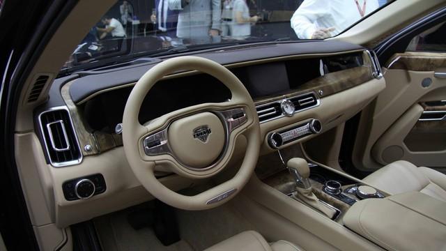 Cận cảnh Rolls-Royce của nước Nga Aurus Senat qua video - Ảnh 4.