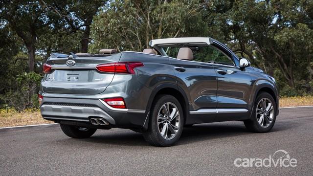 Hyundai Santa Fe mui trần bất ngờ ra mắt - Ảnh 4.