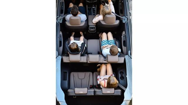Hyundai Santa Fe mui trần bất ngờ ra mắt - Ảnh 3.