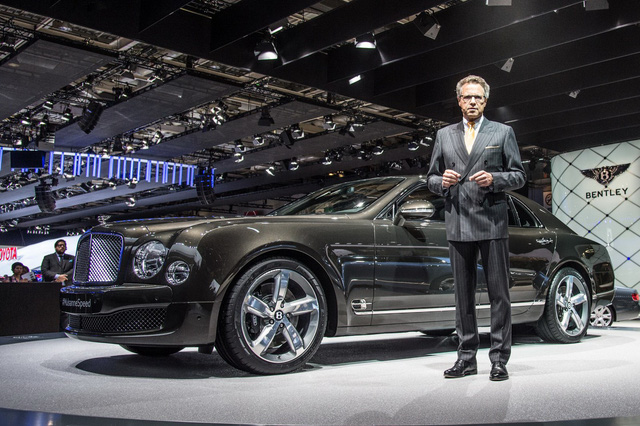 Bentley, Aston Martin, Rolls-Royce,.. không điền tên vào triển lãm mà VinFast tham dự - Ảnh 1.