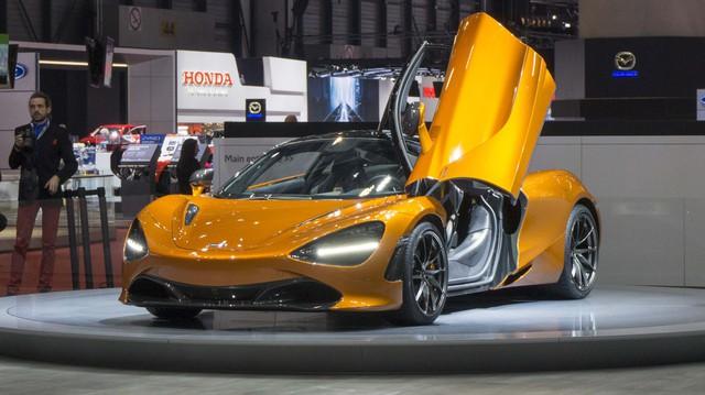 Bentley, Aston Martin, Rolls-Royce,.. không điền tên vào triển lãm mà VinFast tham dự