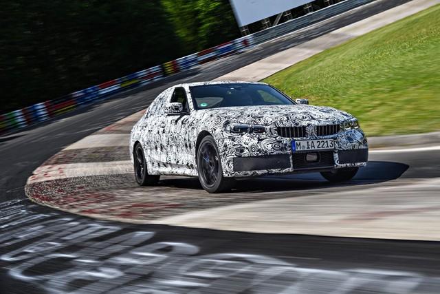 Xe bán chạy BMW 3-Series 2019 bị hành xác như thế nào trước khi ra mắt? - Ảnh 5.