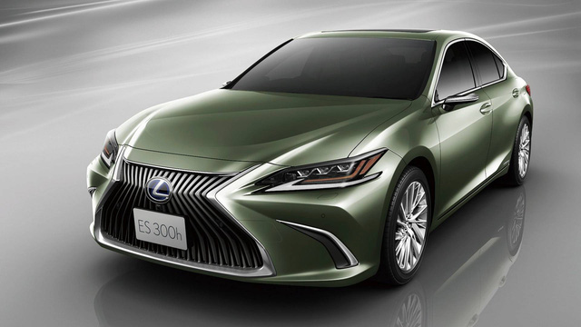 Chi tiết gương chiếu hậu điện tử trên Lexus ES sắp xuất hiện trên toàn cầu - Ảnh 1.