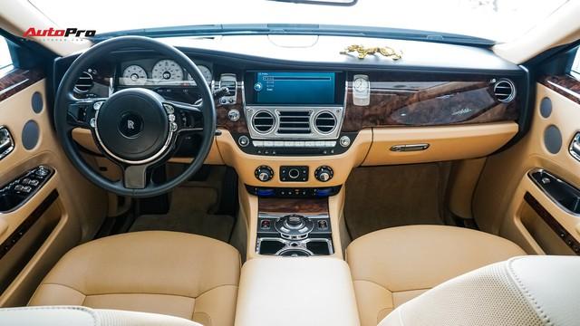 Lên sàn xe cũ, Rolls-Royce Ghost vẫn đắt ngang 2 chiếc Mercedes-Benz S-Class đập hộp - Ảnh 5.