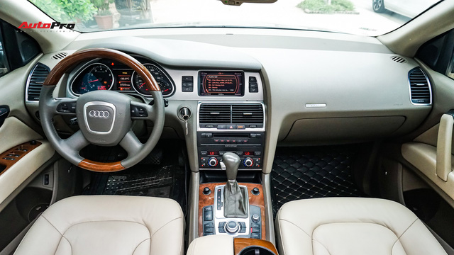 Qua thời đỉnh cao, Audi Q7 10 năm tuổi có giá dưới 700 triệu đồng - Ảnh 7.