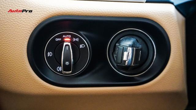 Sau 20.000 km, Porsche Macan hạ giá còn 2,8 tỷ đồng - Ảnh 10.