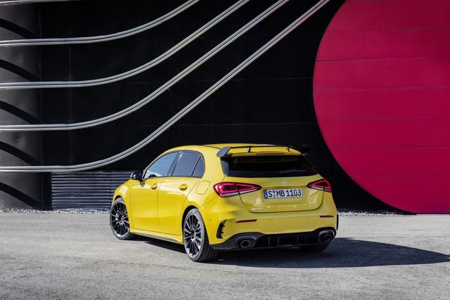 Mercedes-AMG chính thức trình làng xe rẻ nhất A35 - Ảnh 3.