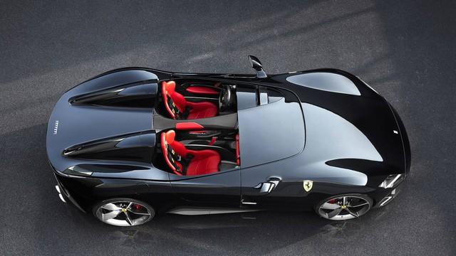 Ferrari Monza SP1 và SP2 - Hai siêu xe mui trần có thiết kế lạ lẫm ở Paris - Ảnh 5.