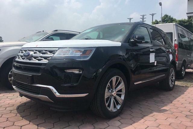 Giá xe đã tăng, khách mua Ford Explorer 2018 còn phải bỏ thêm hơn 200 triệu đồng mua gói bổ sung - Ảnh 1.