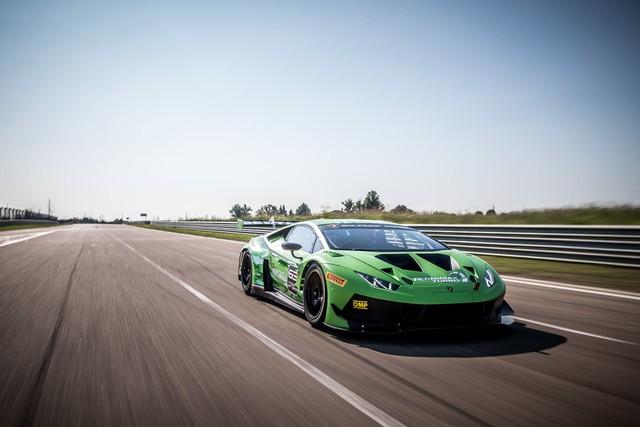 Lamborghini Huracan GT3 Evo - Khi sư tử mọc thêm cánh - Ảnh 6.